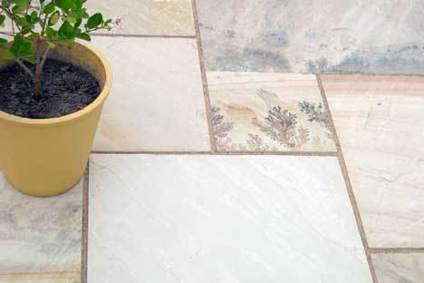 Natural Stone Paving Bath