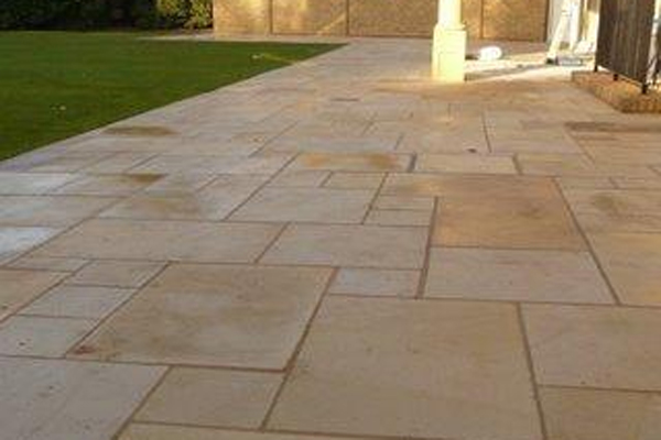 SAWN & HONED SANDSTONE